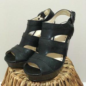 """Jazlyn"" COACH wooden wedge heels! 💥"